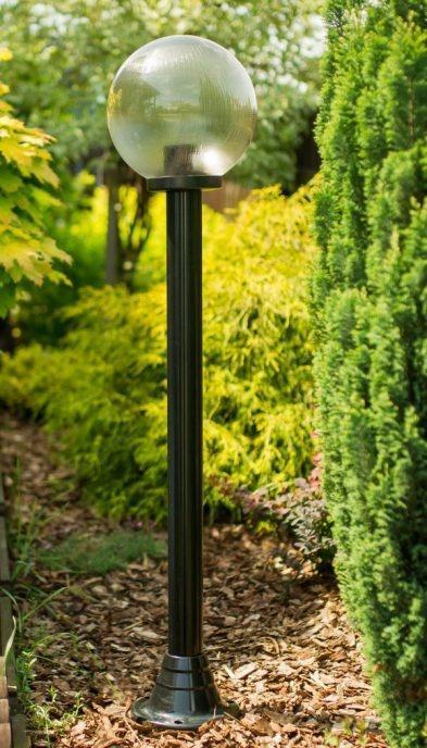 Lampy ogrodowe wys. 140 cm, kula pryzmatyczna 200 mm