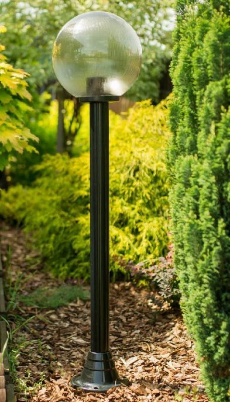 Lampy ogrodowe wys. 145 cm, kula pryzmatyczna 250 mm